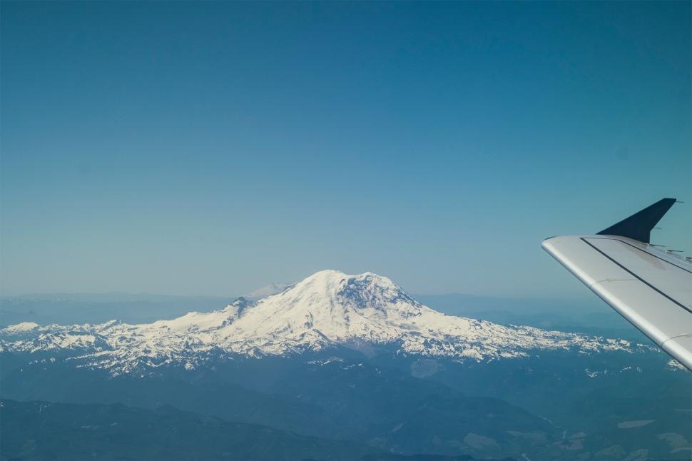 mountainsWing_DSCF3506